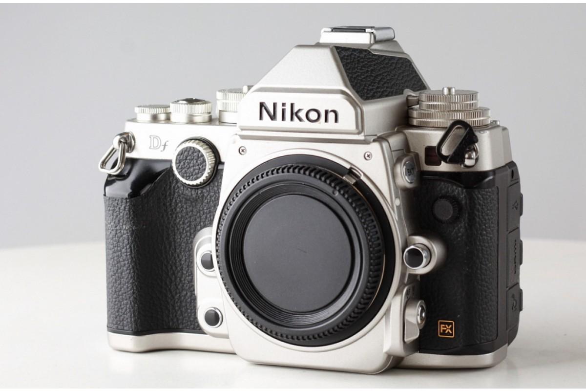 Зеркальный фотоаппарат Nikon Df body серебро X6962