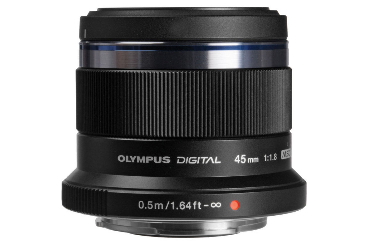 Объектив Olympus M.Zuiko Digital 45mm f/1.8, черный