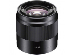 Объектив Sony E 50mm f/1.8 OSS черный