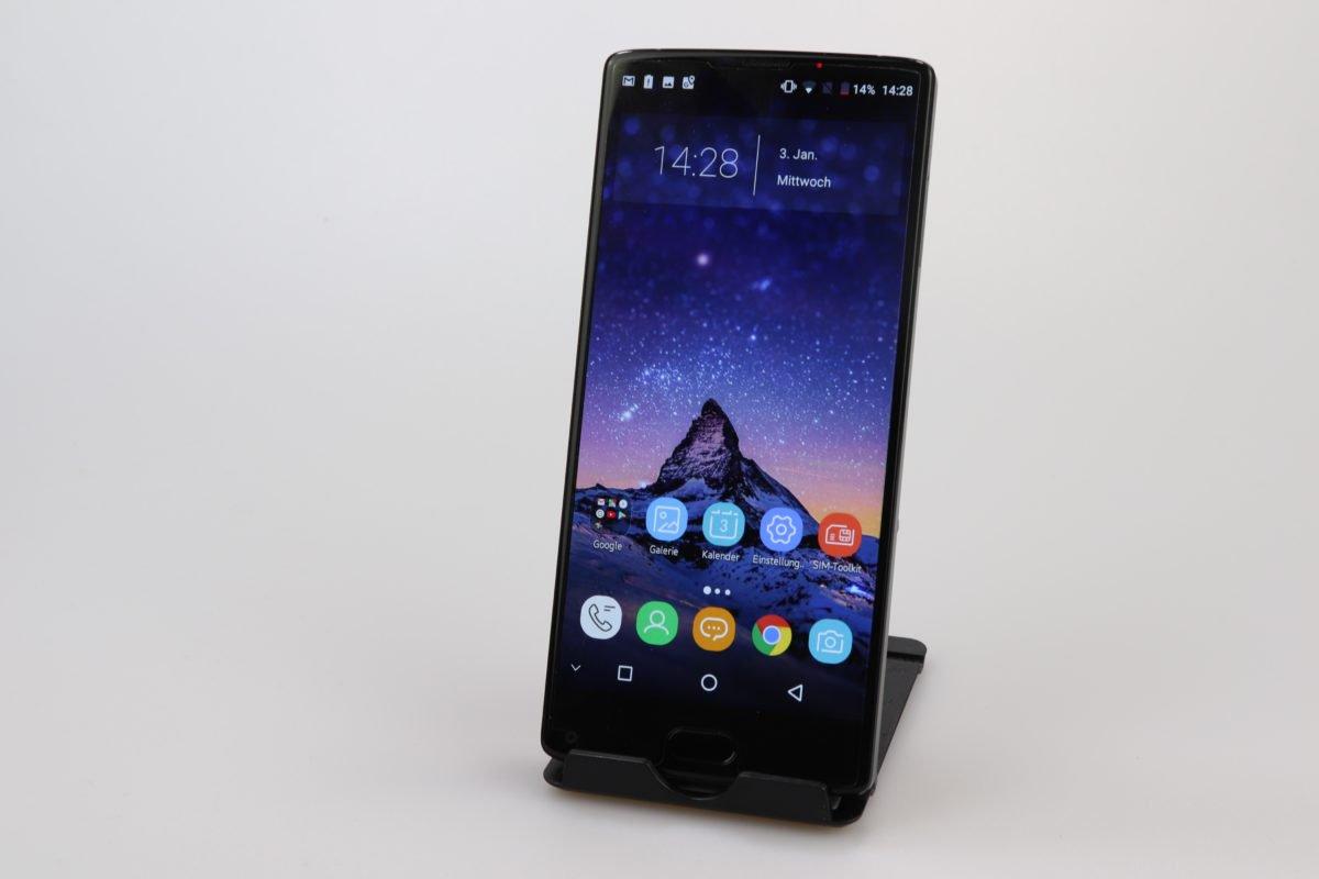 Смартфоны до 15 000 в 2018 году