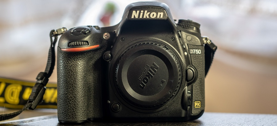 zerkalnaya-polnokadrovaya-fotokamera-nikon-d750-body-6-12629225.jpg