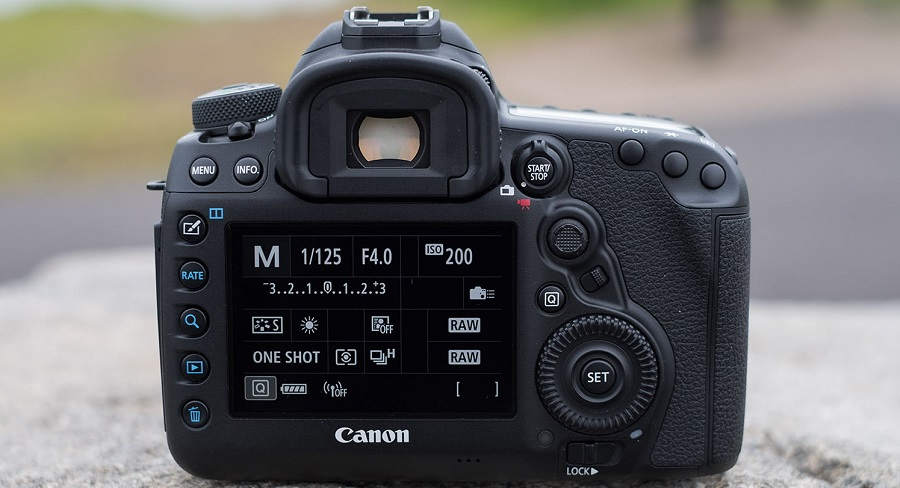 canon-eos-5d-mark-iv-review-4-1500x1000.jpg