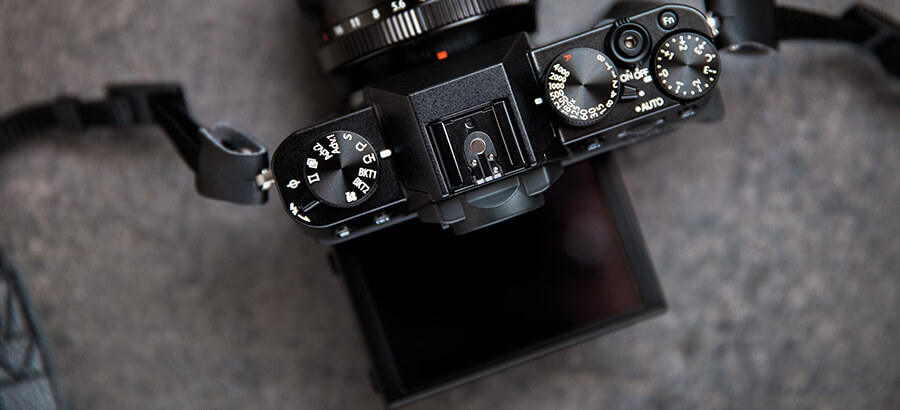 Fuji-X-T20-review-product-holly-v2-3.jpg