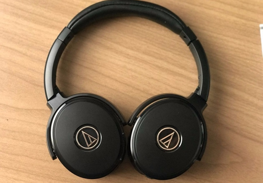 auriculares-activos-quietpoint-ath-anc50is-audio-technica-D_NQ_NP_645317-MCO26422404598_112017-F.jpg