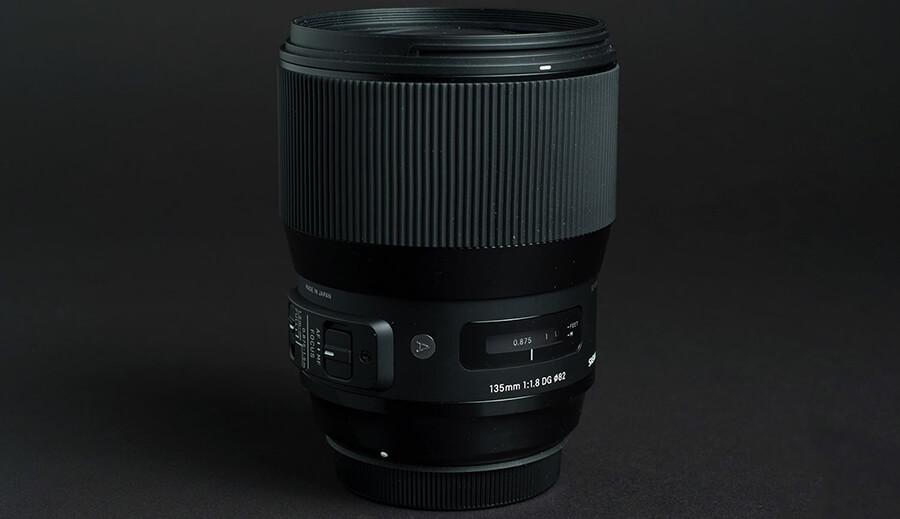 sigma-135mm-f18-art-lens-review-studio-focus-ring-1500x1000.jpg