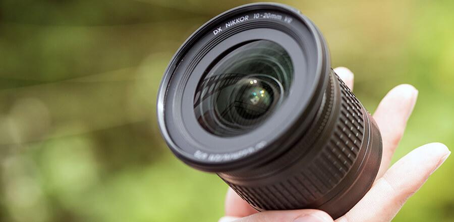 Nikon10-20mminhand5.jpg