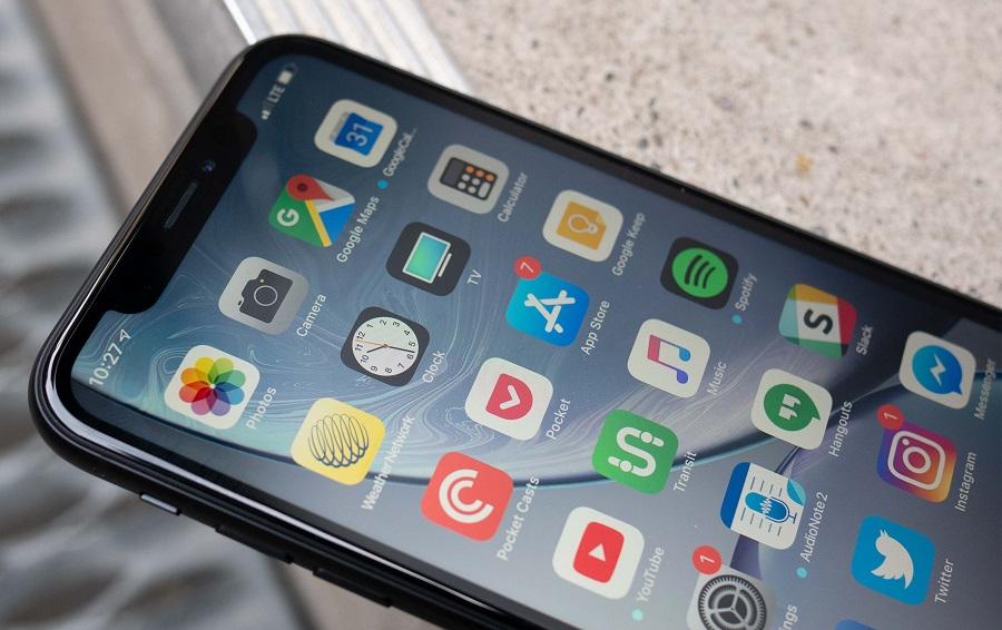 iphone-xr-black-display-1.jpg