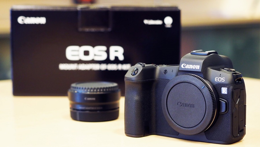 Canon-EOS-R-full-frame-mirrorless-camera-4.jpg