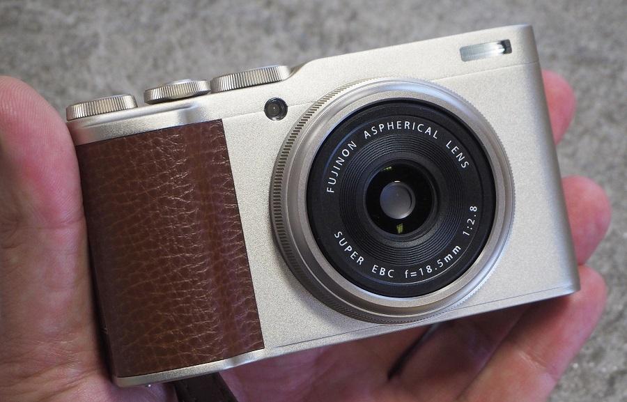 highres-Fujifilm-XF10-5_1537528814.jpg